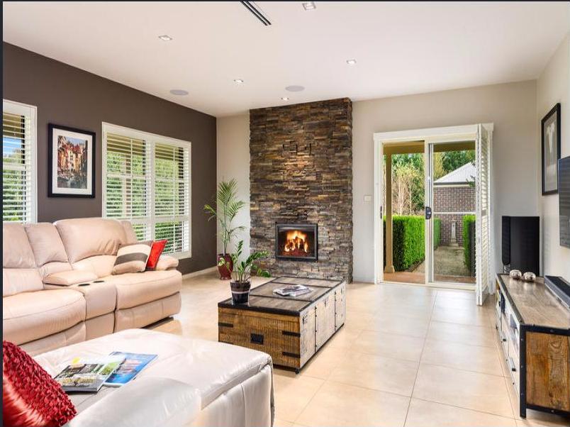 jaspers lounge room